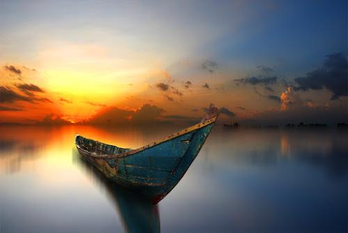 kapal cilik by Indra Prihantoro - Transportation Boats ( sunset, boats )