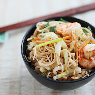 Xiamen-style Fried Vermicelli (厦门炒米).