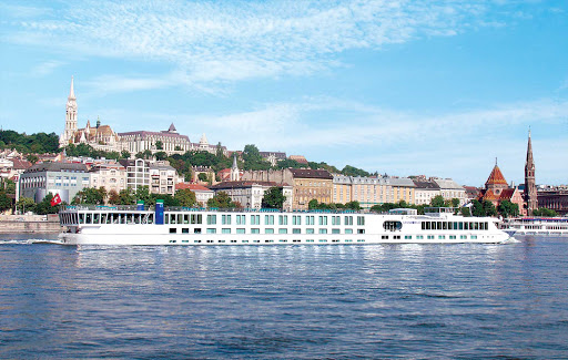 Uniworld-River-Duchess-in-Budapest - The luxury boutique ship River Duchess sails along the Danube River in historic Budapest.
