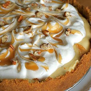Caramel Apple Cheesecake Pie