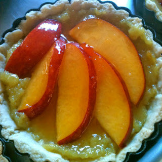 Peach Tart with Lemon Curd.