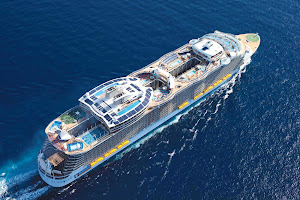 An aerial view of Royal Caribbean's Oasis of the Seas, which introduced a groundbreaking design and new features to the cruise sector.