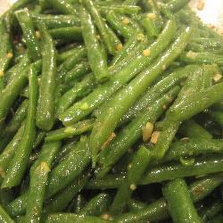 Green Beans With Garlic And Thyme.