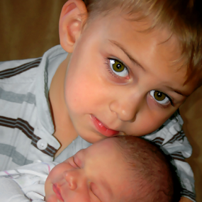 New Sister by Robin Amaral - People Family ( hug, family, baby girl, brother, siblings, eyes )