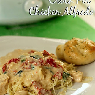 Crock Pot Chicken Alfredo