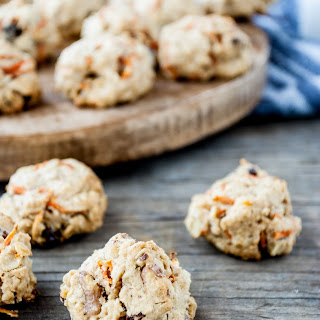 Spiced Carrot Oat Cookies.