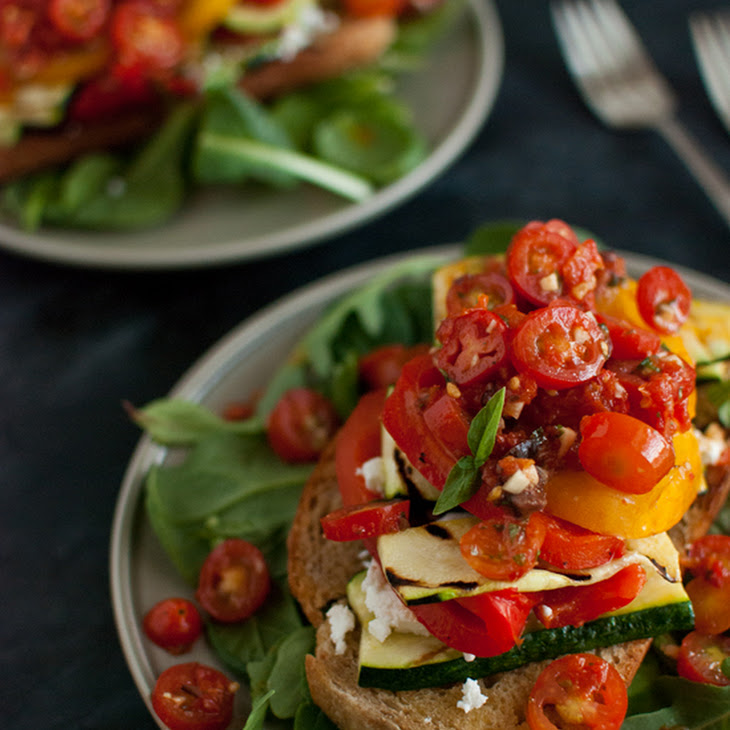 Stacked Tomato, Summer Vegetable and Grilled Bread Salad Recipe