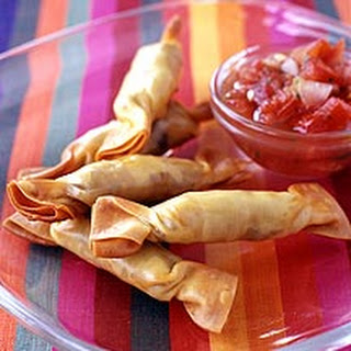 Mexican Beef and Cheese Wontons with Salsa.