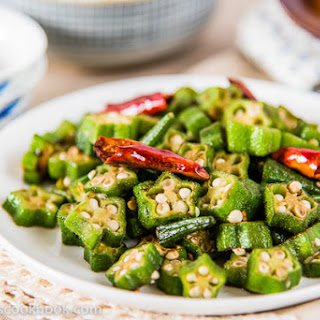 Four-Ingredient Okra Stir-fry