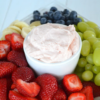 3 Ingredient Strawberry Fluff Fruit Dip