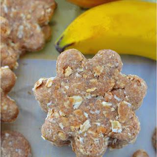 Peanut Butter Oatmeal Banana Dog Treats.