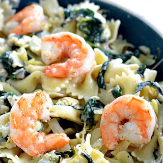 Garlic Roasted Shrimp with Spinach Artichoke Pasta