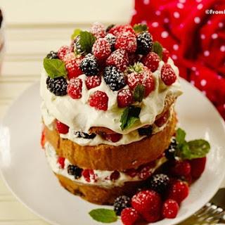 Quick Panettone Shortcake (Bolo de Panetone)
