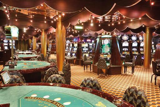Costa-Luminosa-casino - Try your hand with Lady Luck at Costa Luminosa's casino.