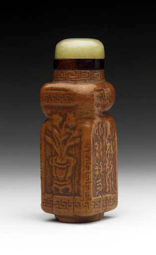 Snuff Bottle (Biyanhu) with Flower Vases and Inscriptions