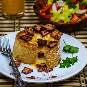 Egg&Bacon by Bogdan Rusu - Food & Drink Plated Food ( salad, breakfast, drink, bacon, egg )