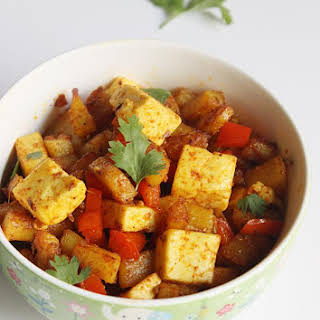 Aloo Paneer Masala Recipe (dry Aloo Paneer).