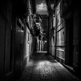 by Pol Lo Schienato - City,  Street & Park  Street Scenes