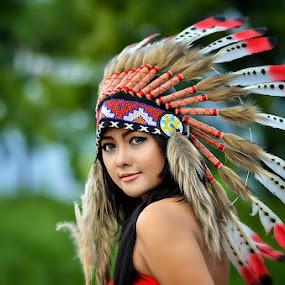 ochi indiana girl by Vian Arfan - People Portraits of Women