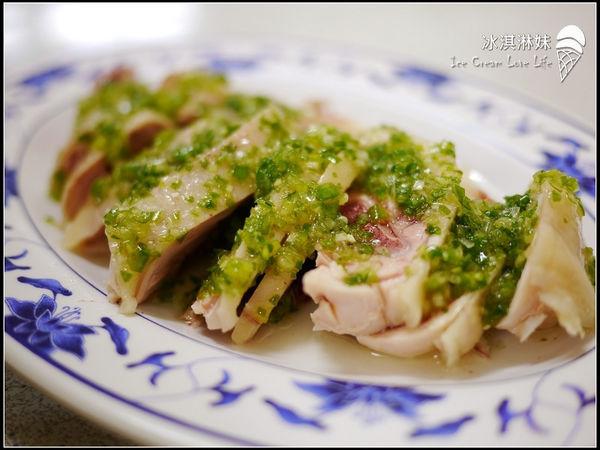 【宜蘭羅東】雞肉亮 - 羅東必吃雞肉黑白切 沒吃過文蔥雞魯飯別說你來過啦!!