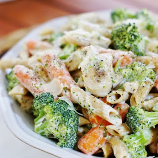 Quick Weeknight Chicken Penne Alfredo Recipe