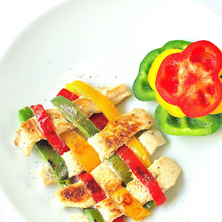 Chicken and Bell Peppers Weave.