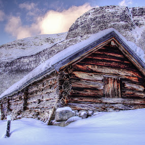 Innerdalen, Norway. by Jan Helge - Buildings & Architecture Other Exteriors ( winter, snow, old building, norway, innerdalen,  )