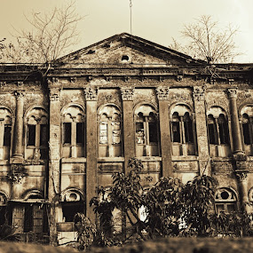 Since ages by Caesar Jees - Buildings & Architecture Decaying & Abandoned ( building, monochrome, kolkata, architecture, decaying, abandoned, city )