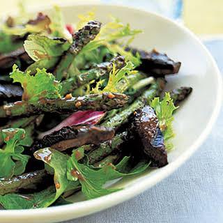 Grilled Mushroom-and-Asparagus Salad.