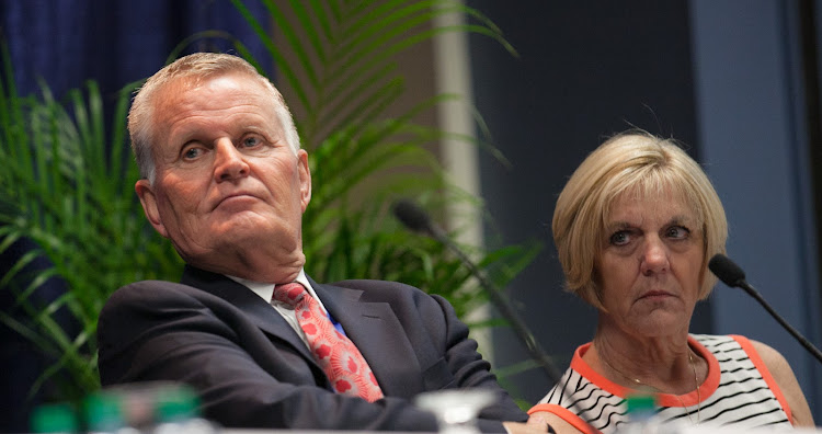 Bob Lepisto, president of SeaDream Yacht Club, and Diane Moore, president of Paul Gauguin Cruises, during a session at Cruise Shipping Miami 2014.