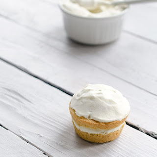 Vanilla Cream Cakes