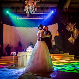 SofiaCamplioniCom-5803 by Sofia Camplioni - Wedding Old - Dancing