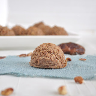 Flourless Cinnamon Pecan Cookies