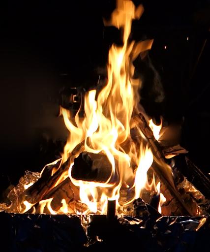 焚き火で癒されよう!