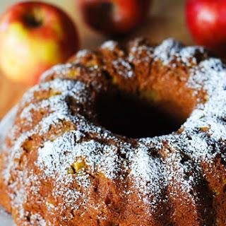 Pumpkin-Apple Spice Bundt Cake