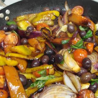 Peperonata alla Napoletana - Stewed Peppers with Olives