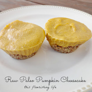 Raw Paleo Banana Pumpkin Cheesecake Muffins