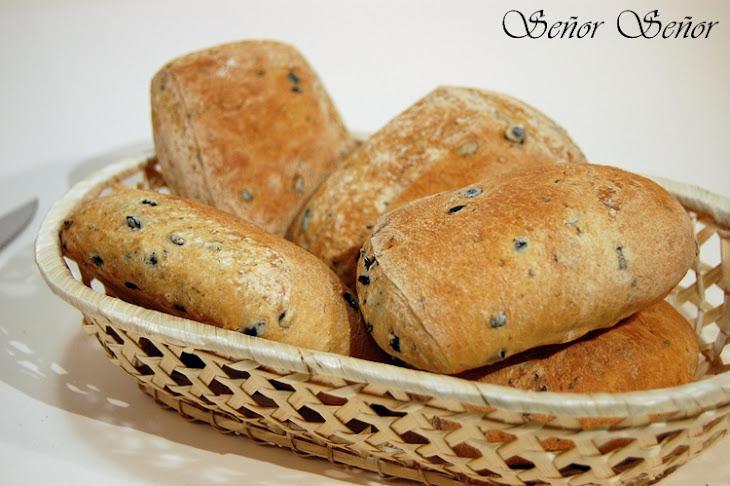 Black Olive Bread Rolls Recipe