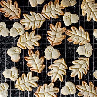 Nutmeg Maple Butter Cookies.