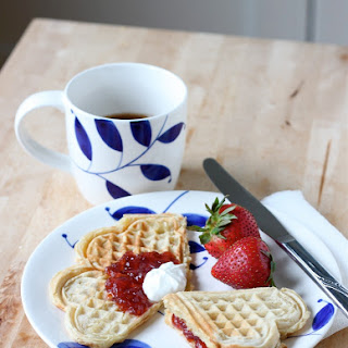 Norwegian Heart Shaped Waffles (Vafler)