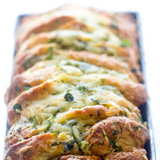 Easy Cheese and Roasted Garlic Pull-Apart Bread.