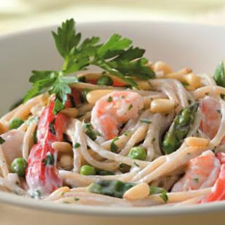 Creamy Garlic Pasta with Shrimp & Vegetables for Two