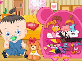 Screenshot of Baby with teddy bear