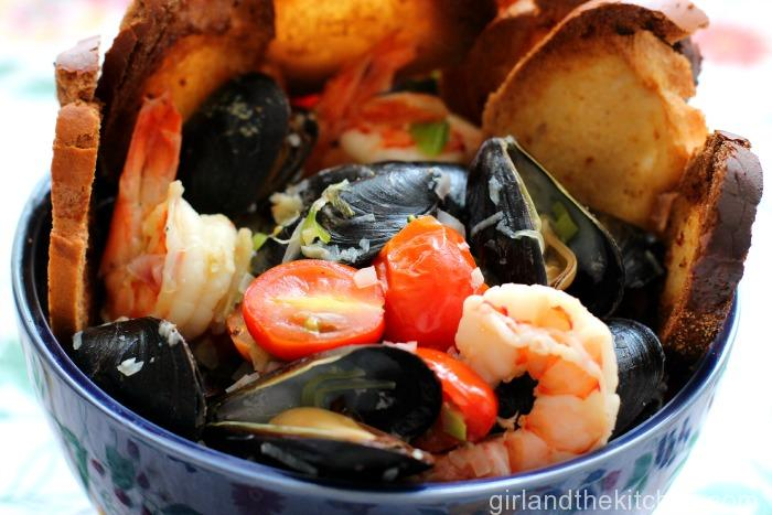 Tuscan Mussels and Shrimp Recipe