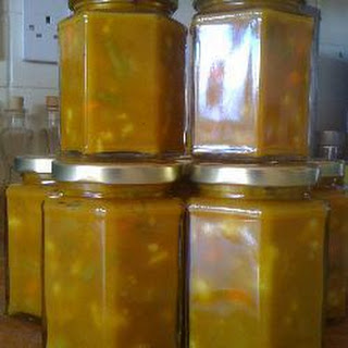 Sweet, Crunchy Piccalilli