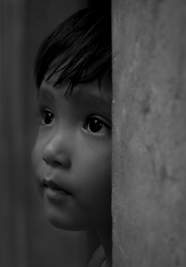 LONELY CHILD by Dipankar Karmakar - Babies & Children Child Portraits ( #child, #face, #black, # white, #eye )