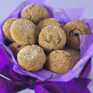 Crackle-top Gingerbread Date Cookies.