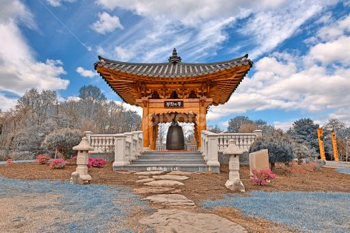 korean bell garden winter blue public historical buildings