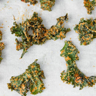 Sun-dried Tomato Cheezy Kale Chips.