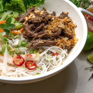 Vietnamese Lemon Grass Beef and Noodle Salad (Bun Bo Xao)
